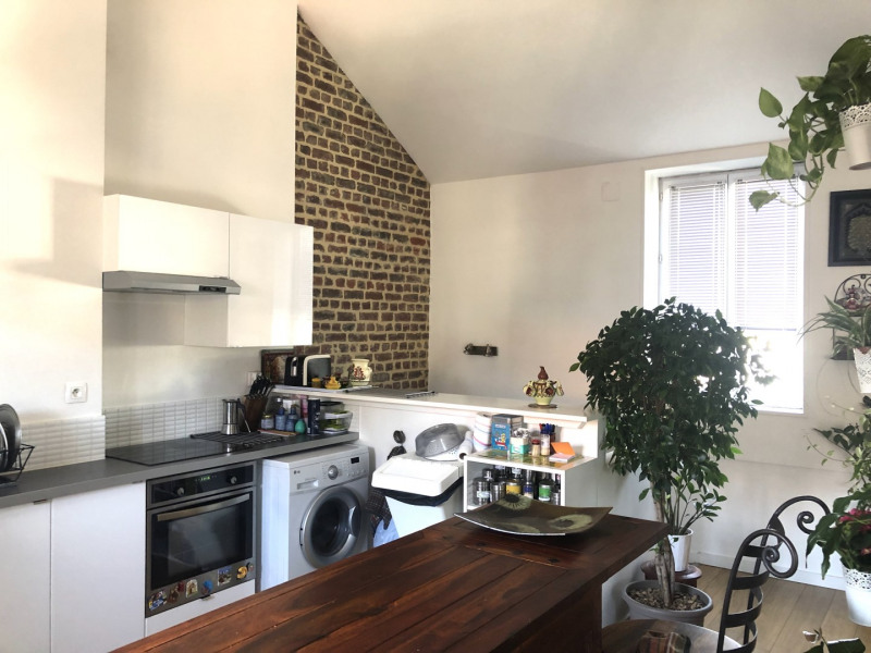 Sale apartment Lille 182 500€ - Picture 2