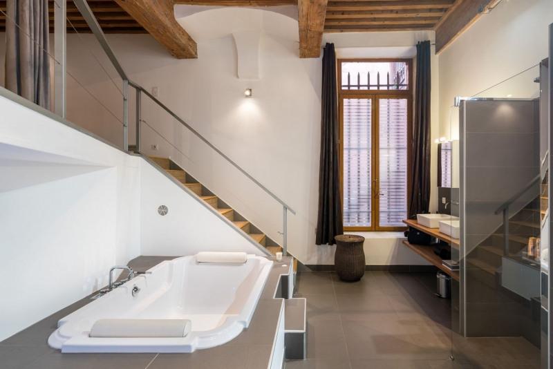 Vente de prestige loft/atelier/surface Lyon 1er 835000€ - Photo 10