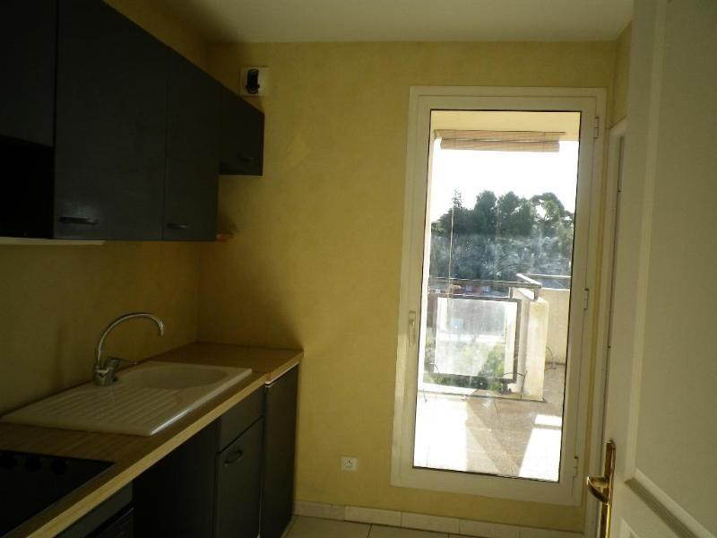 Location appartement Aix en provence 953€ CC - Photo 5