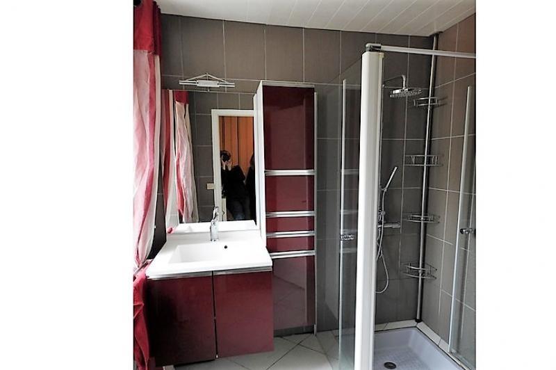 Sale house / villa Mur de bretagne 99000€ - Picture 9