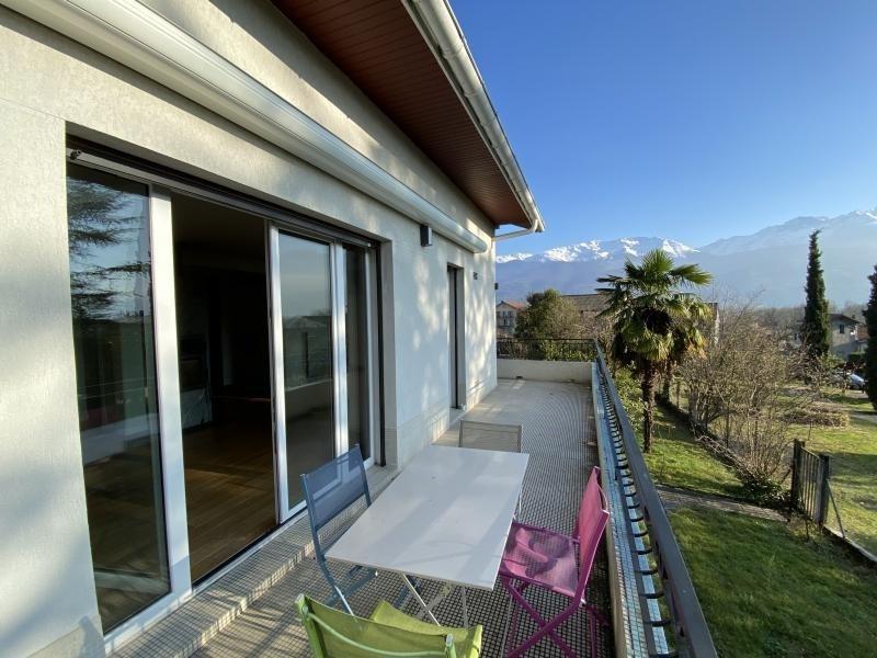 Sale house / villa Crolles 490000€ - Picture 3