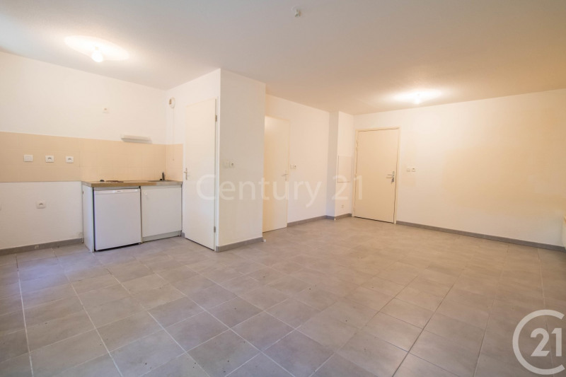 Investment property apartment La salvetat st gilles 99 900€ - Picture 3