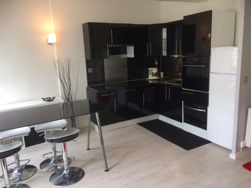 Location appartement Fontainebleau 1 190€ CC - Photo 1