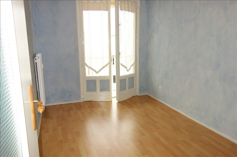 Rental apartment Riorges 519€ CC - Picture 9