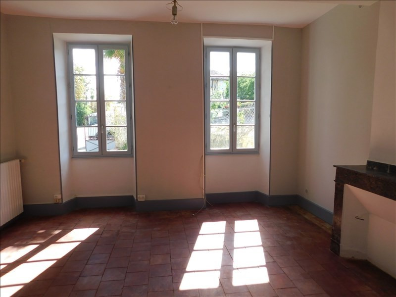Location maison / villa Saramon 791€ CC - Photo 3