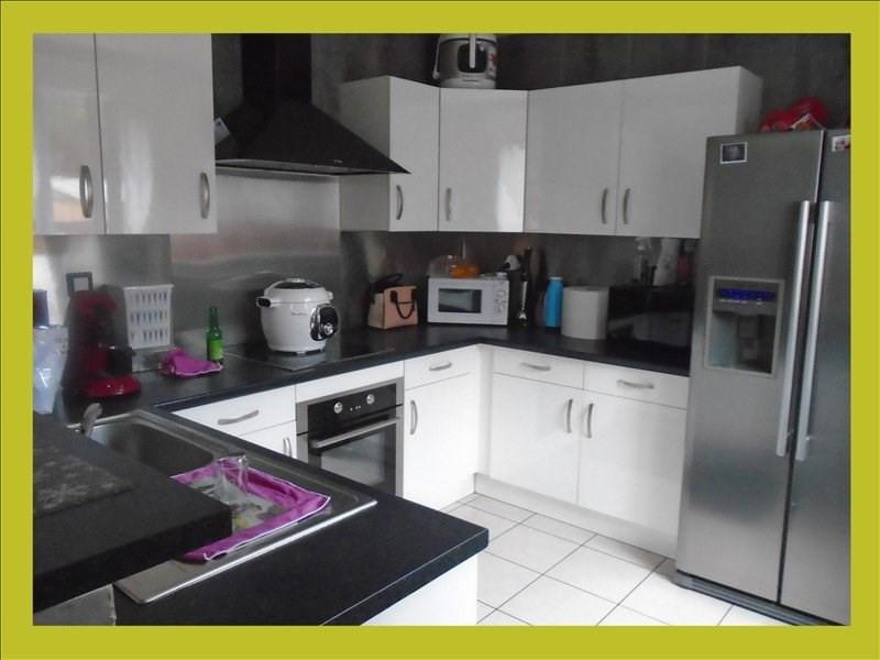 Sale house / villa Carvin 214900€ - Picture 1