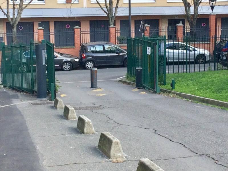 Vente parking Vitry-sur-seine 13000€ - Photo 1