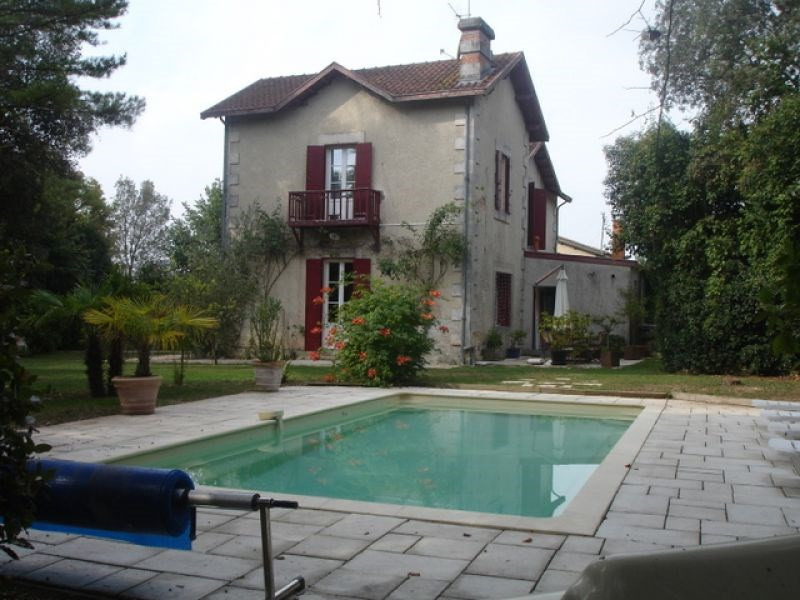 Vente maison / villa Bouhet 388 500€ - Photo 2