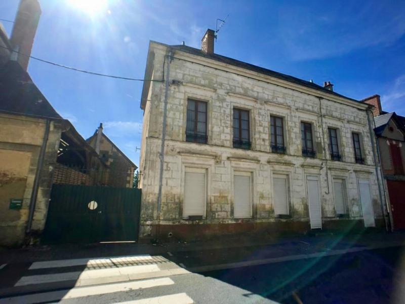 Sale house / villa La chartre sur le loir 146475€ - Picture 1