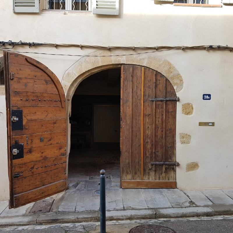 Location appartement Aix-en-provence 840€ CC - Photo 1