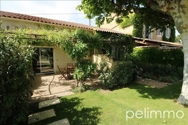 Deluxe sale house / villa Eyguieres 689000€ - Picture 2
