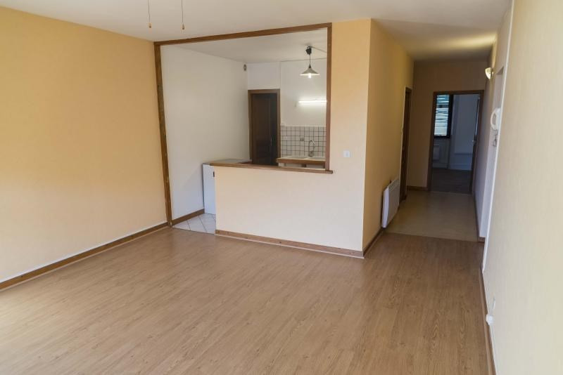 Rental apartment Nantua 515€ CC - Picture 4