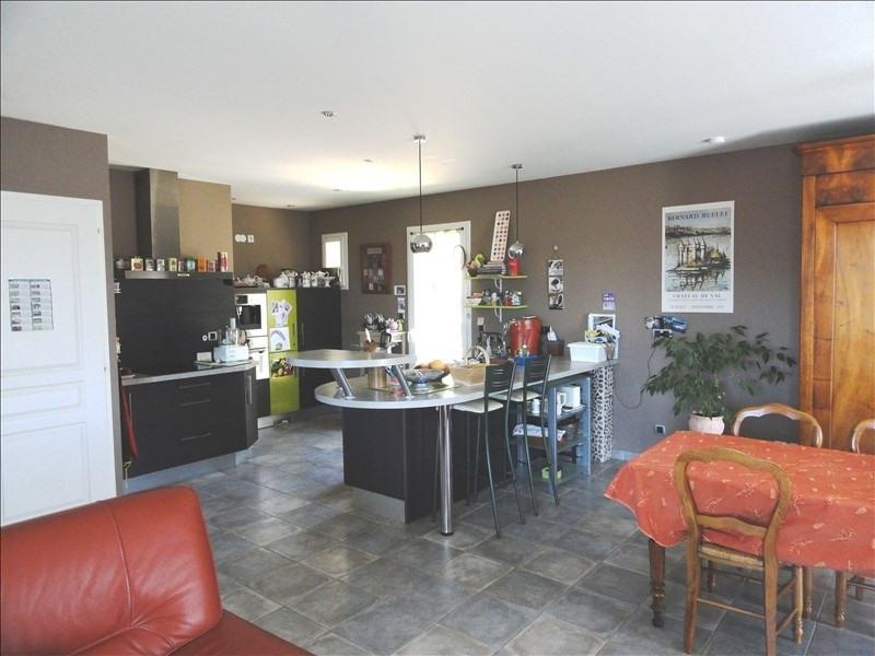 Sale house / villa Clonas sur vareze 269000€ - Picture 4