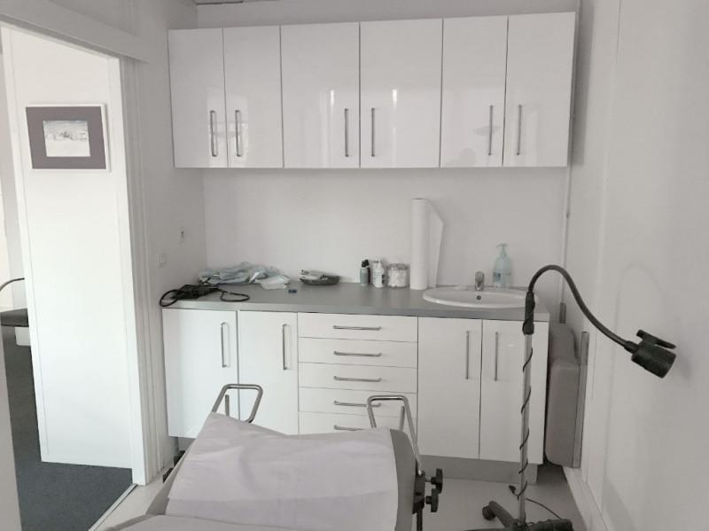 Rental office Aix en provence 2242€ CC - Picture 5