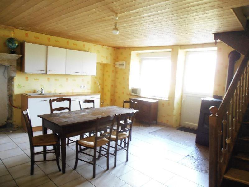 Location appartement Izenave 345€ CC - Photo 3