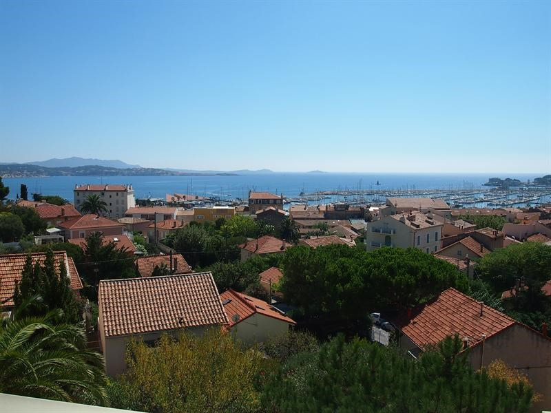 Vacation rental apartment Bandol 720€ - Picture 1