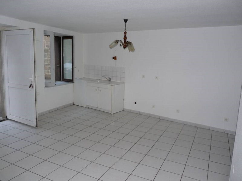 Locação apartamento Bas-en-basset 360€ CC - Fotografia 3