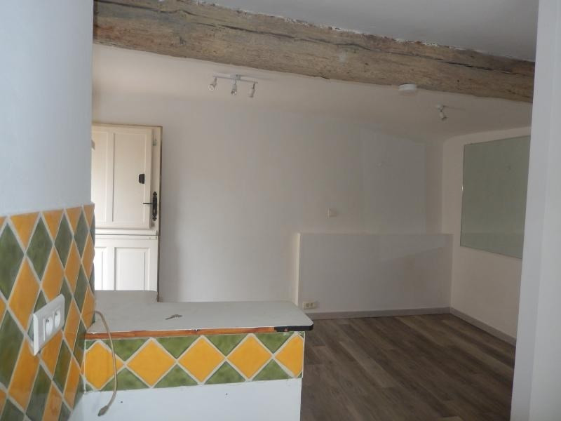 Location appartement Callas 300€ CC - Photo 3
