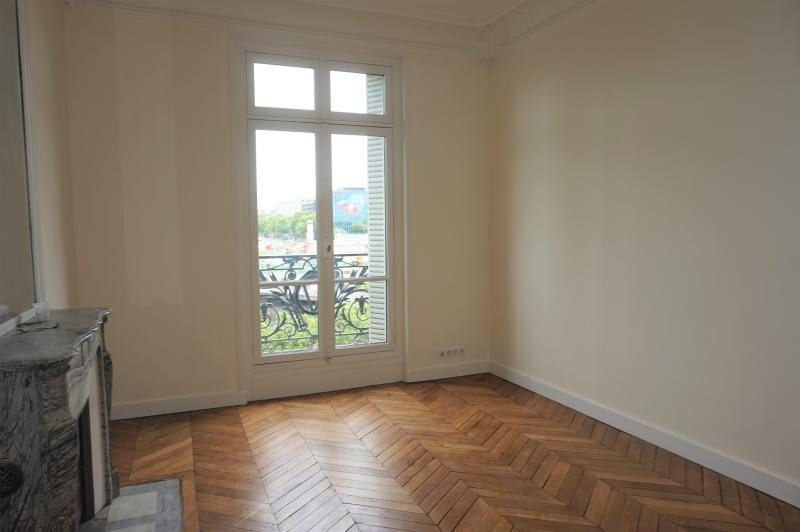 Location appartement Neuilly sur seine 4 600€ CC - Photo 5
