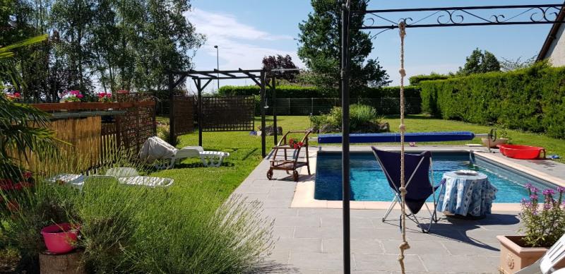 Sale house / villa Ouvrouer les champs 245000€ - Picture 2
