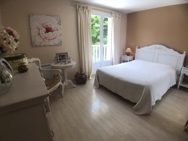 Sale house / villa Lesigny 433500€ - Picture 4