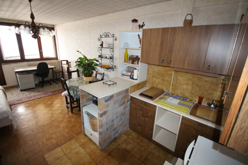 Sale apartment Fontaine 88 000€ - Picture 4