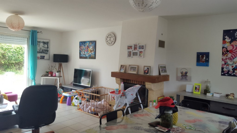 Location maison / villa Mellac 720€ CC - Photo 5