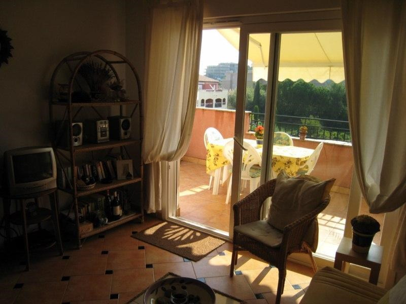 Location vacances appartement Cavalaire 550€ - Photo 3