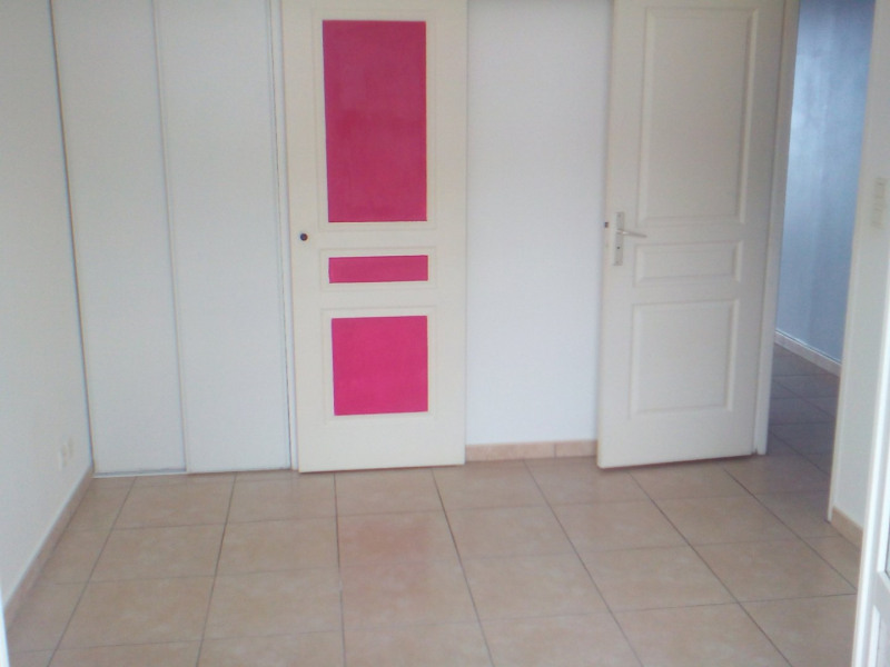 Location appartement Ste clotilde 535€ CC - Photo 3