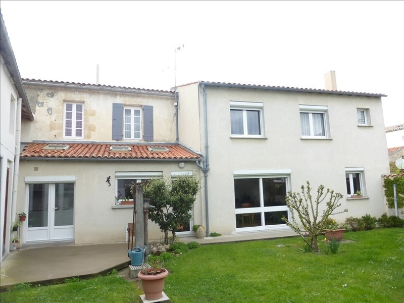 Sale house / villa Surgeres 265 000€ - Picture 1