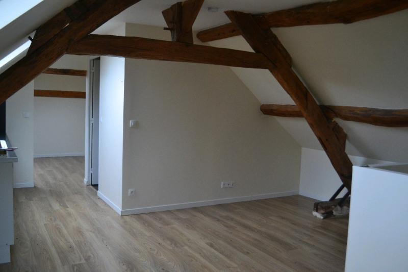Rental apartment Fresnoy-en-thelle 509€ CC - Picture 2