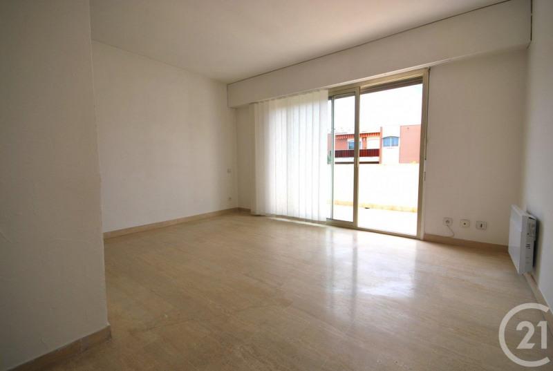 Verhuren  appartement Antibes 733€ CC - Foto 5
