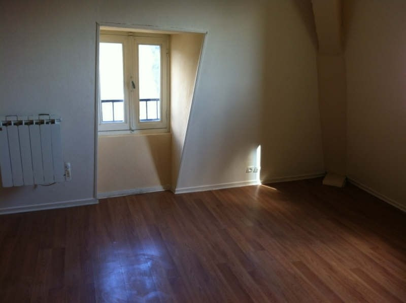 Rental apartment Nevers 390€ CC - Picture 2