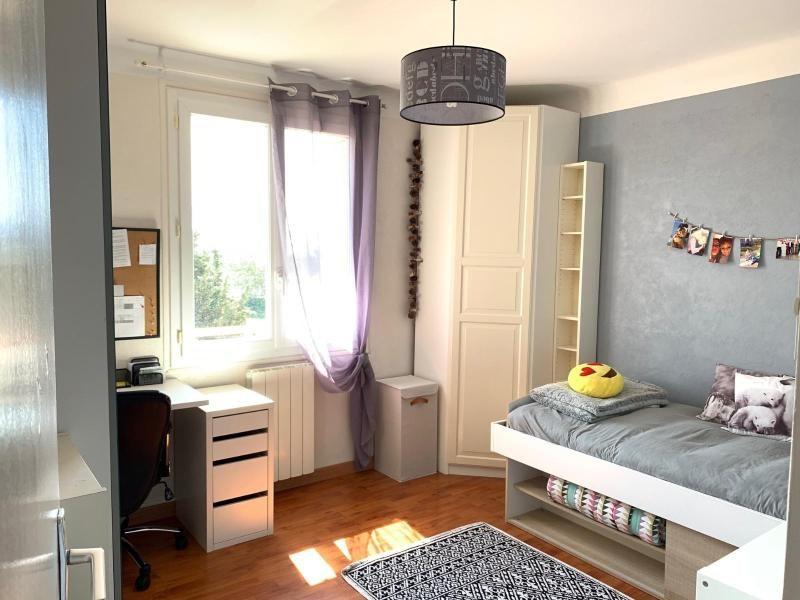 Rental apartment Aix en provence 890€ CC - Picture 5