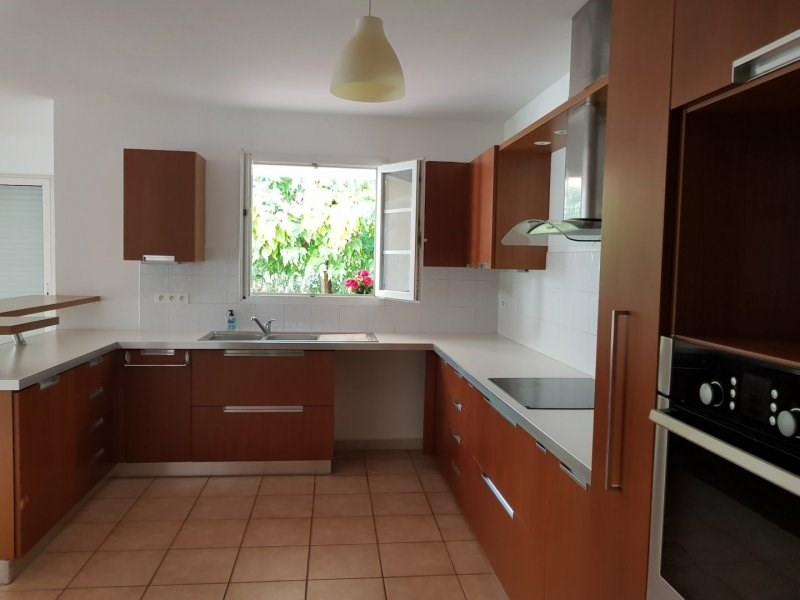 Sale house / villa Villeneuve les avignon 389000€ - Picture 5