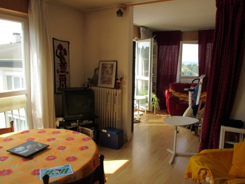 Rental apartment Mareil marly 1 365€ CC - Picture 3