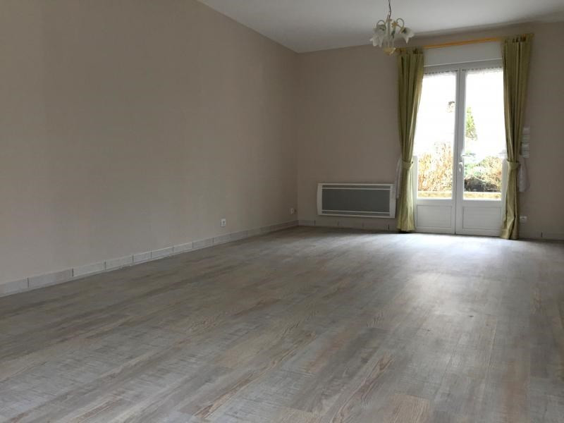 Sale house / villa La croix en touraine 225 000€ - Picture 2