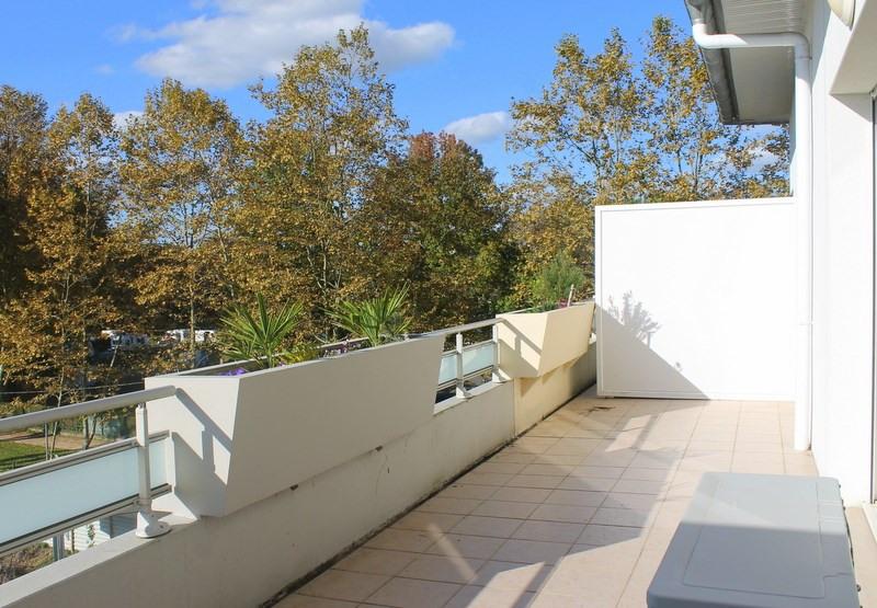 Sale apartment Pau 229900€ - Picture 4