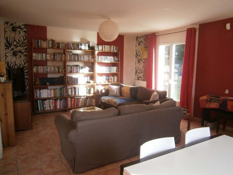 Location maison / villa Bassens 953€ CC - Photo 2