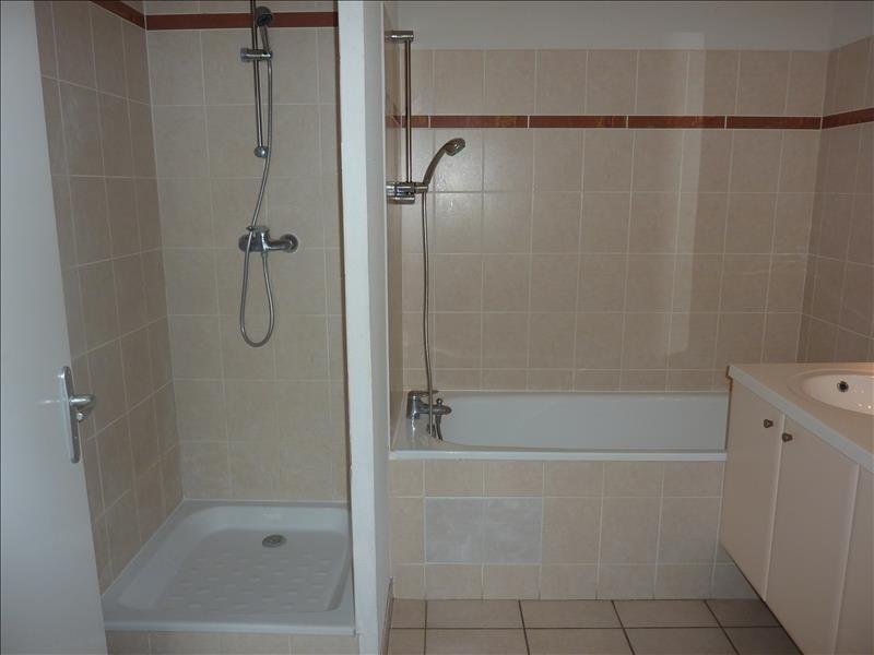 Rental apartment Vendome 618€ CC - Picture 9