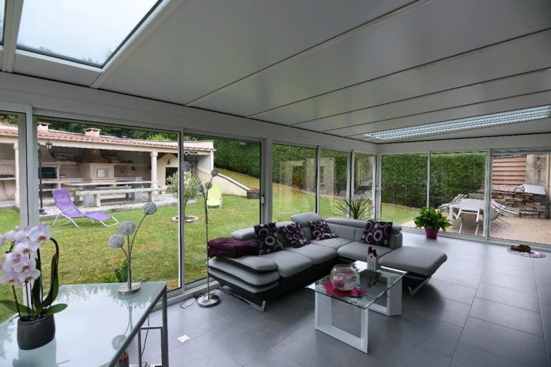 Sale house / villa Cires les mello 330000€ - Picture 2