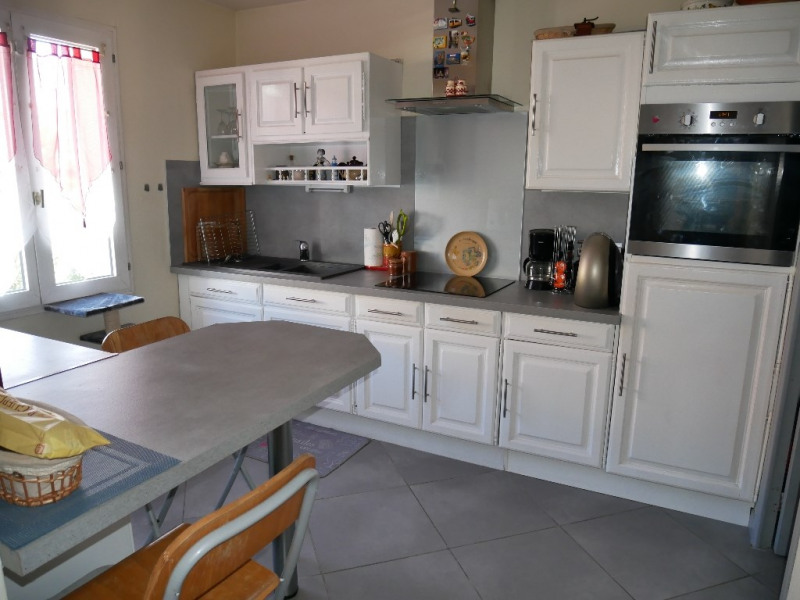 Sale house / villa Poissy 359000€ - Picture 5