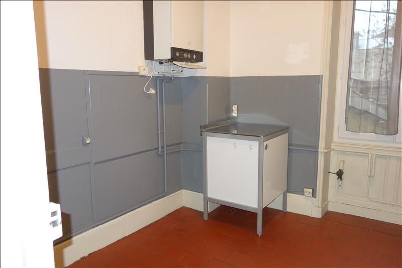 Location appartement Roanne 555€ CC - Photo 3