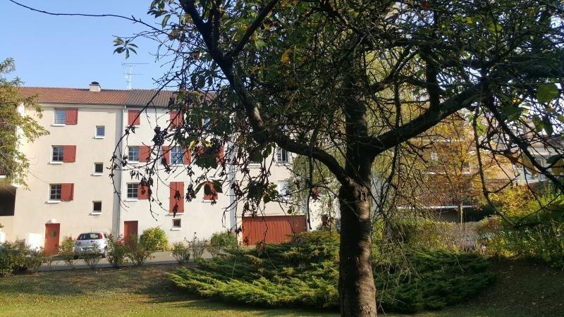 Rental apartment Vaux sur seine 699€ CC - Picture 1