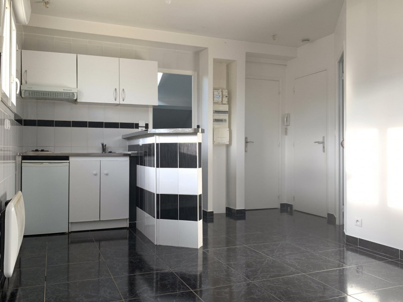 Alquiler  apartamento Montlhéry 600€ CC - Fotografía 2