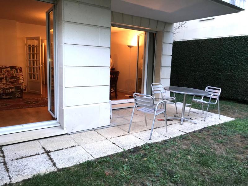 Sale apartment Le plessis robinson 399000€ - Picture 2