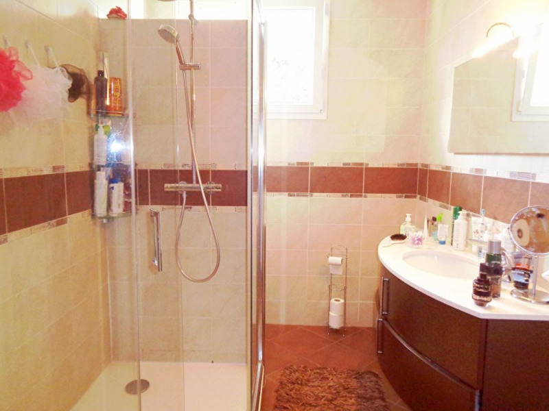 Sale house / villa Livry gargan 440000€ - Picture 11