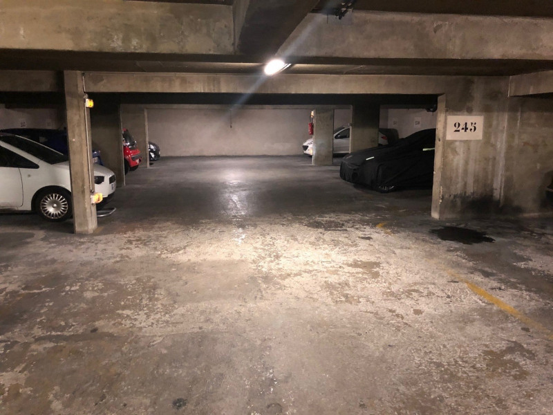 Location parking Paris 3ème 200€ CC - Photo 5