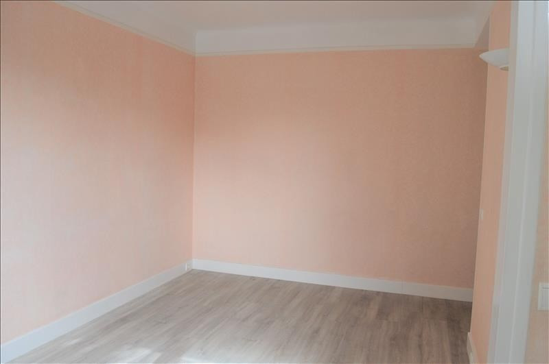 Sale apartment Rueil malmaison 196000€ - Picture 2
