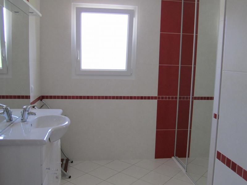 Rental house / villa Condéon 680€ CC - Picture 4
